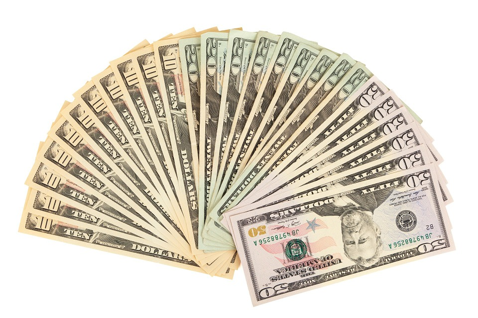 vějíř z dolarů